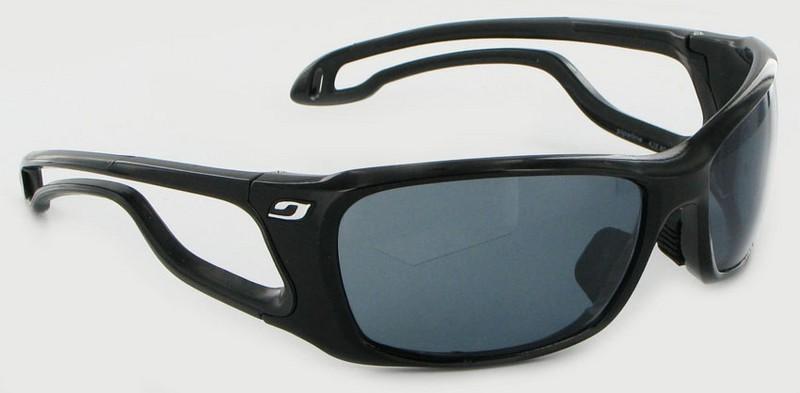 Vos lunettes tiennent mal sur votre nez et subitement, une vague un peu  grosse et vos lunettes finissent à l eau. 0ecd76f8782c