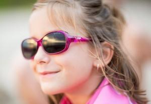 Les lunettes de soleil pour enfants sont très souvent équipées de verres de catégorie 4.